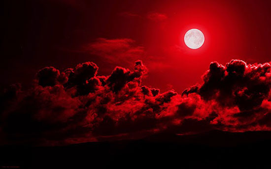lua-sangrenta